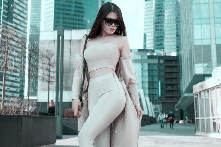 dress to look taller